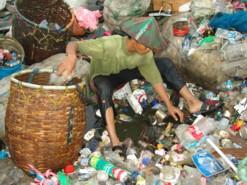 Pemilahan dan daur ulang sampah menjadi kunci dalam menangani masalah tumpukan sampah di kota-kota besar di Indonesia.  (Dok. Tunas Hijau)